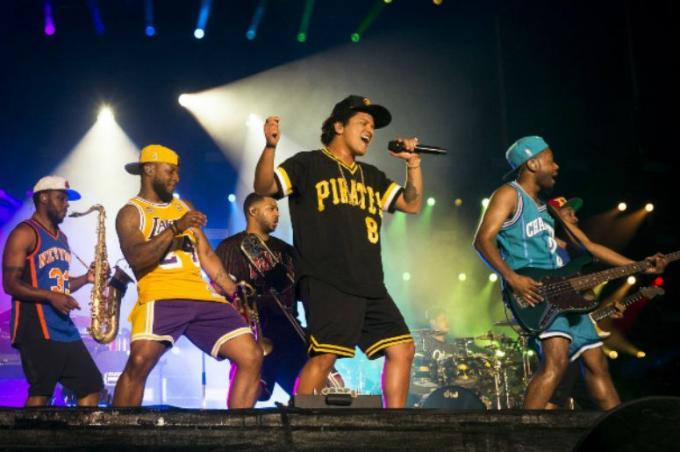 Bruno Mars at Park Theater